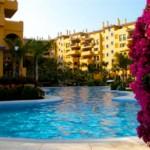 Lägenhet med områdes-pool i Piscina