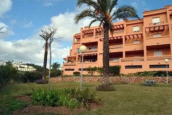 Fasaden Med Omgivande Trdgrd Spanska Fastigheter