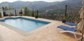 pool-med-helt-fantastisk-utsikt