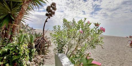 Restinga playa ligger precis nedanför