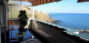 Lägenhet precis på stranden nära Benalmadena – har turistlicens!
