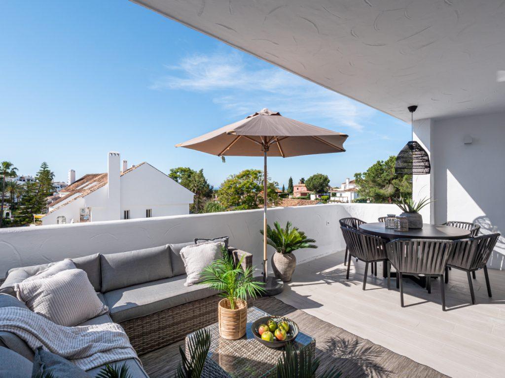 Bra investering i centrala Nueva Andalucia till salu