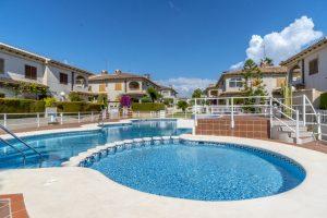 Lägenhet i Orihuela (Rojacuna) – 2 sovrum för under 1 miljon!