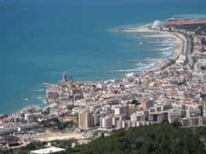Om att köpa lägenhet eller hus i Sitges – Barcelona (nyproduktion 2021)